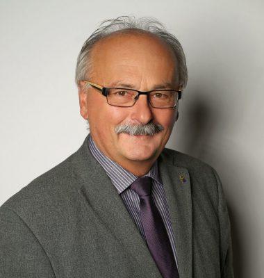 Dr. Hermann Friedl